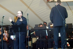 Performance_Kirstenbosch_Cape_Town_with_Cape_Philharmonic_Orchestra_Conducted_by_Richard_Cock_March_2012
